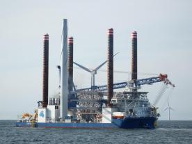 The Sea Challenger positioning for installation of the final turbine (Photo: A2SEA/Ian Greenwood)